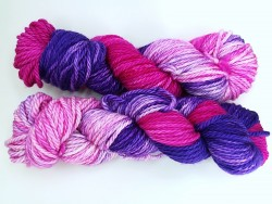 Knitting me softly - Lilacs and gooseberries